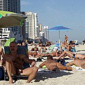 Garb males beach favorite.