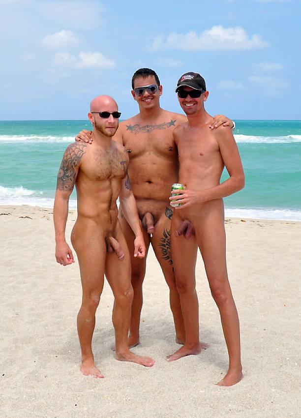фото парней голых нудистов